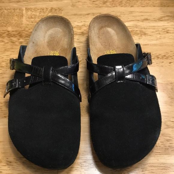 3a475360c12 Birkenstock Shoes - EUC Birkenstock Tatami black slip ons